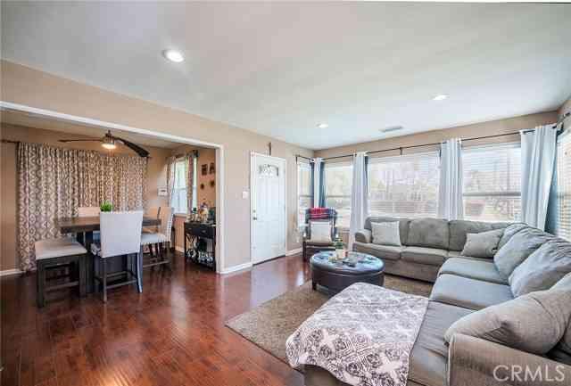 1051 Harding Avenue, San Fernando, CA, 91340,
