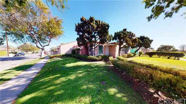 9600 South 3rd Avenue, Inglewood, CA, 90305,