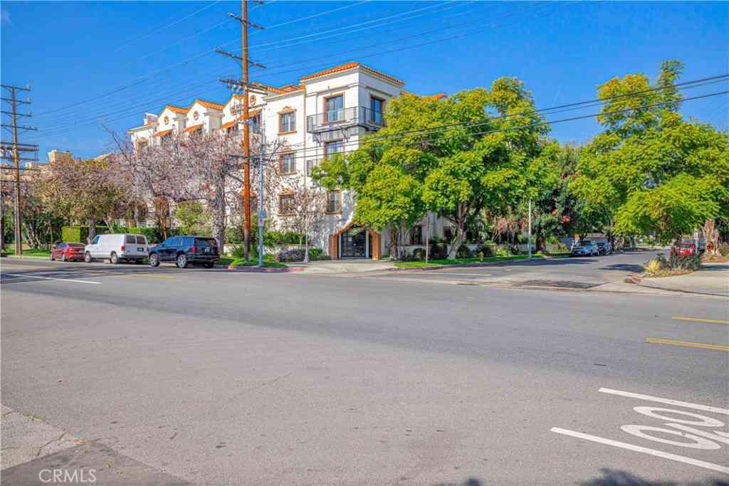 12603 Moorpark Street #102, Studio City, CA, 91604,