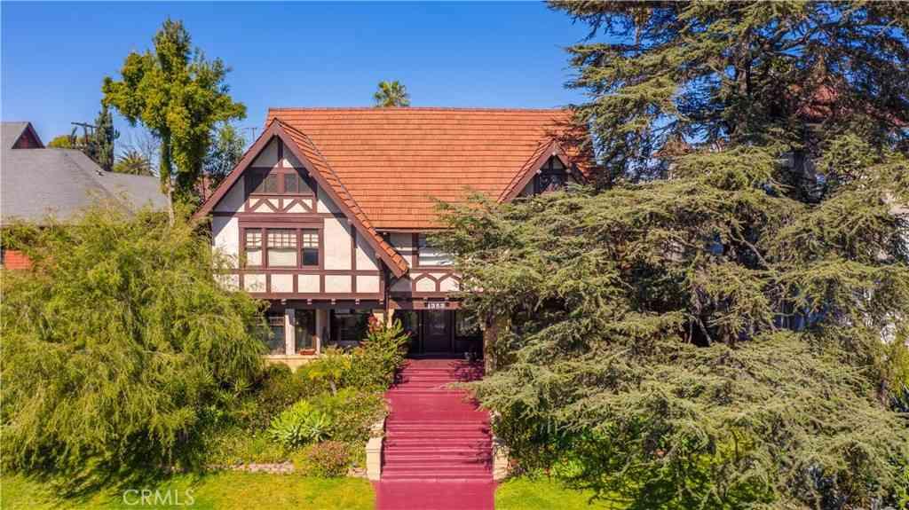 1353 Alvarado Terrace, Los Angeles, CA, 90006,