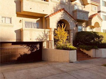 7236 Amigo Avenue #210, Reseda, CA, 91335,