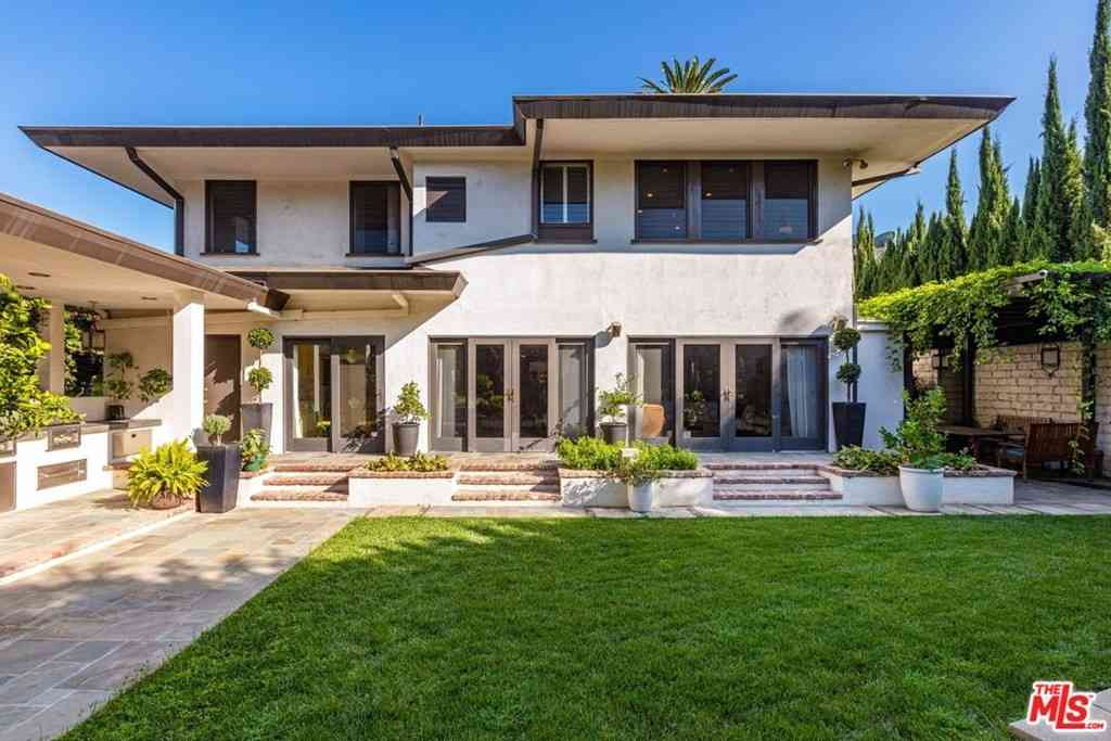 75 Fremont Place, Los Angeles, CA, 90005,