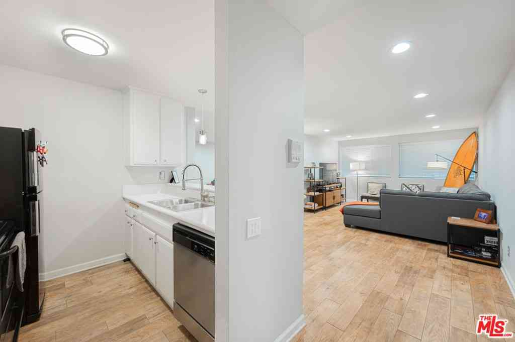 532 N Rossmore Avenue #103, Los Angeles, CA, 90004,