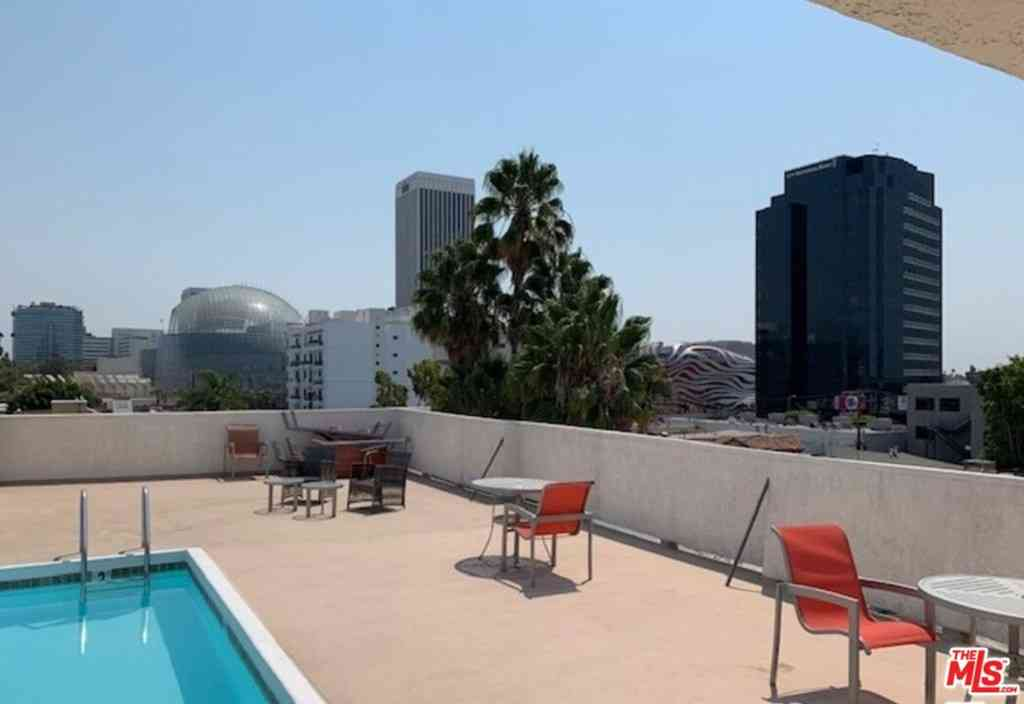 6151 Orange Street #221, Los Angeles, CA, 90048,