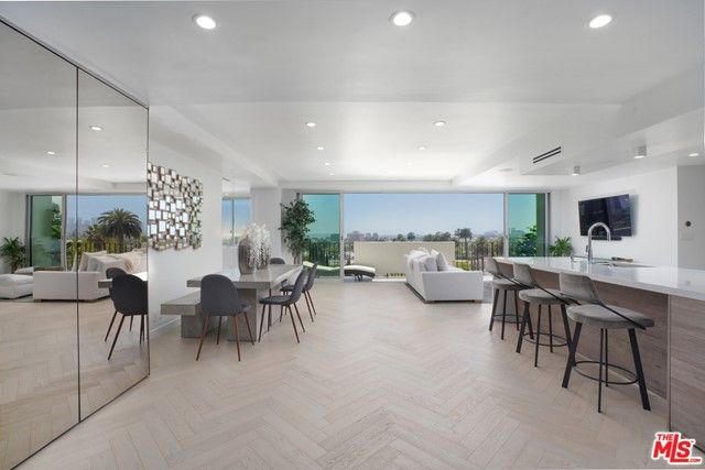 818 N Doheny Drive #602 West Hollywood, CA, 90069