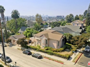 715 Douglas Street, Los Angeles, CA, 90026,