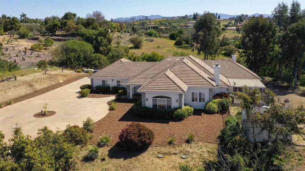 1512 Via Vista, Fallbrook, CA, 92028,