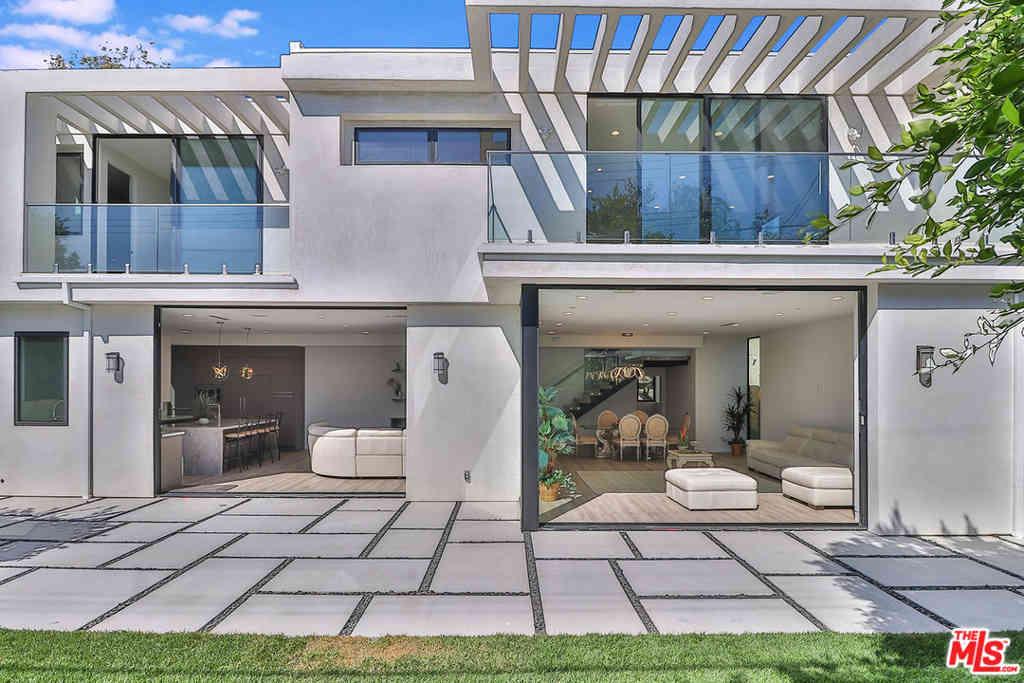 3105 Colby Avenue, Los Angeles, CA, 90066,