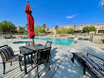 67687 Duchess Road #101, Cathedral City, CA, 92234,