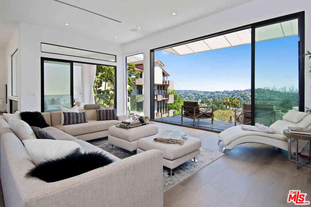 4130 Parva Avenue, Los Angeles, CA, 90027,