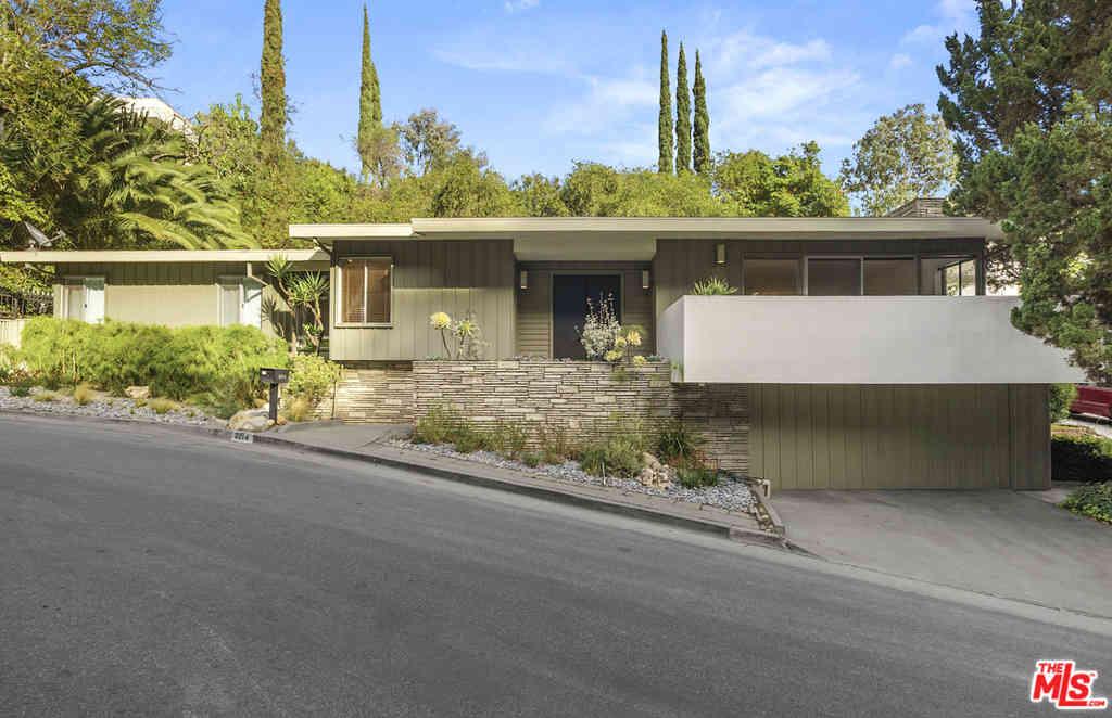 3214 Ledgewood Drive, Los Angeles, CA, 90068,