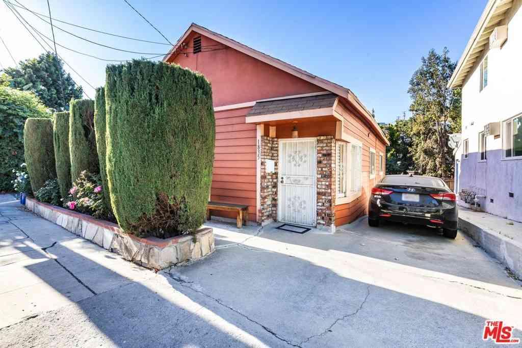 1835 Griffith Park Boulevard, Los Angeles, CA, 90026,