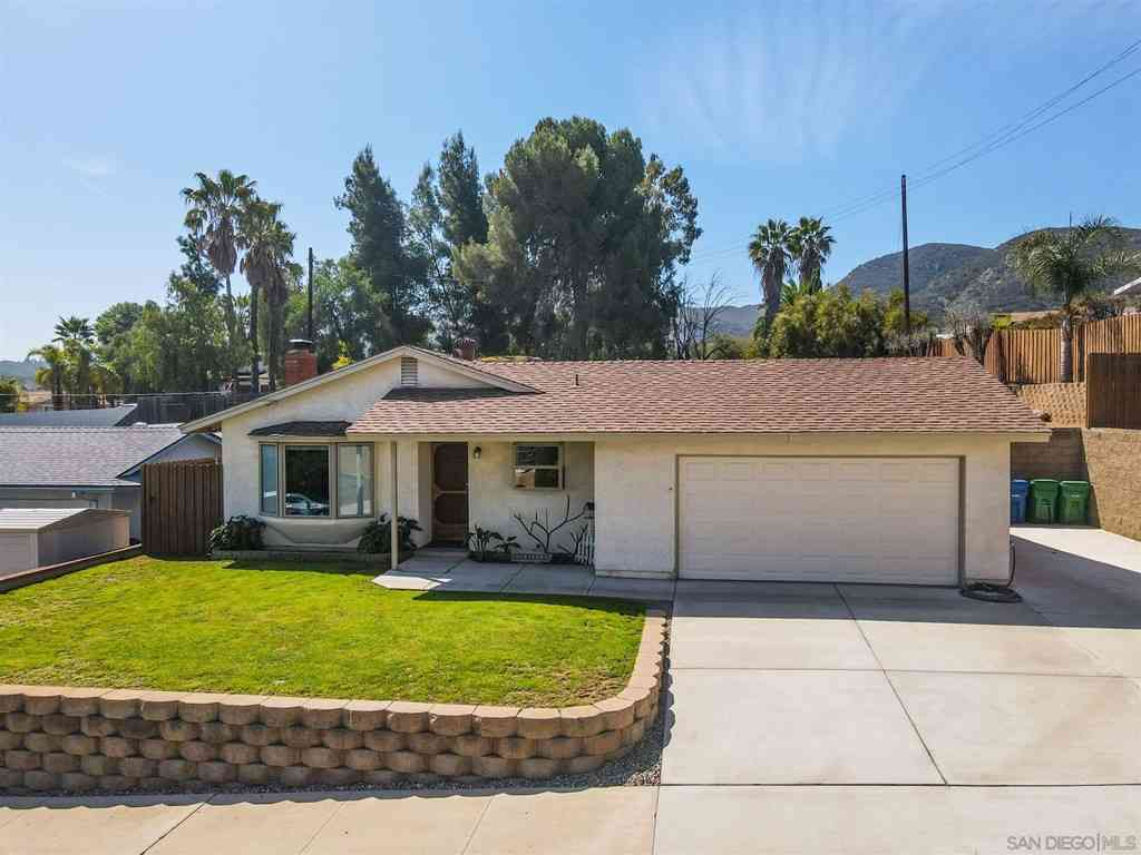 7953 Woodpecker Way, Santee, CA, 92071,