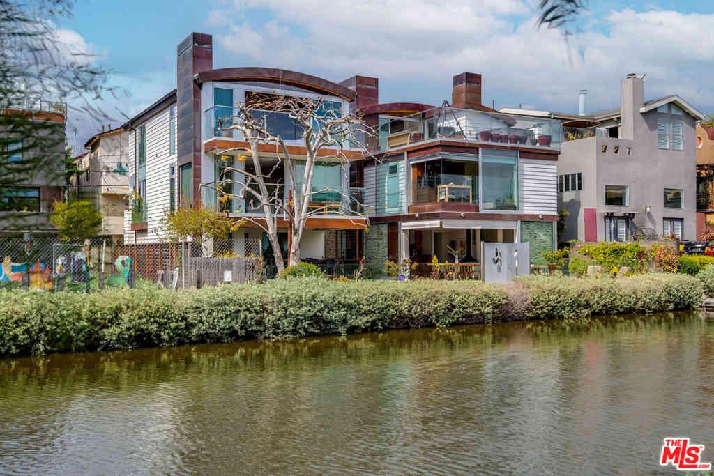427 Carroll Canal, Venice, CA, 90291,