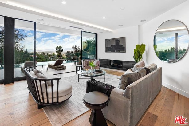 3608 Multiview Drive