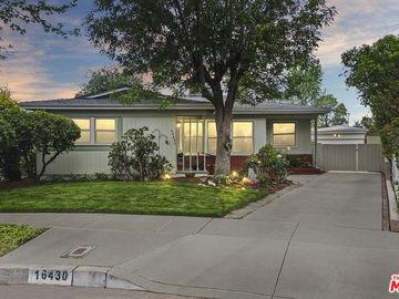 16430 Hamlin Street, Lake Balboa, CA, 91406,