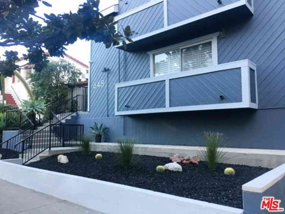648 S Ridgeley Drive #205, Los Angeles, CA, 90036,