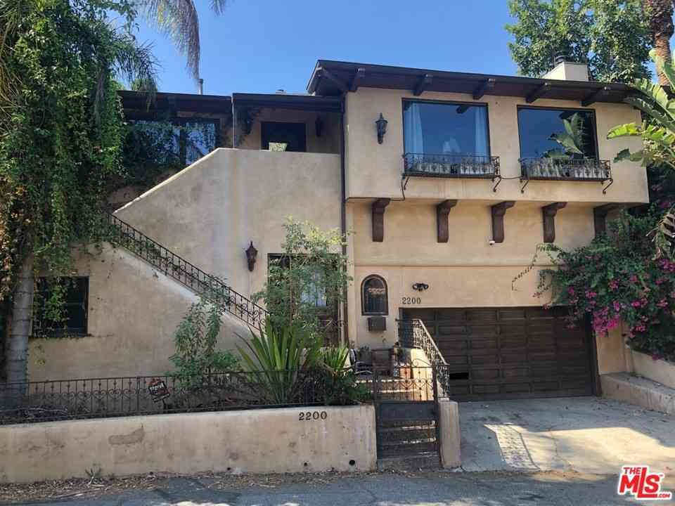 2200 HOLLYRIDGE Drive, Los Angeles, CA, 90068,