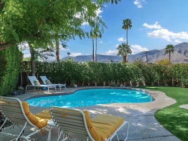 2110 E Desert Palms Drive, Palm Springs, CA, 92262,