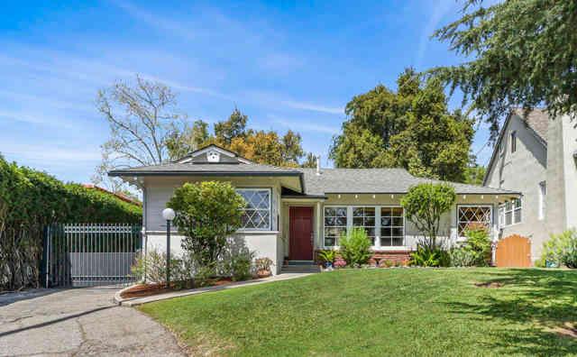 969 East Poppyfields Drive, Altadena, CA, 91001,