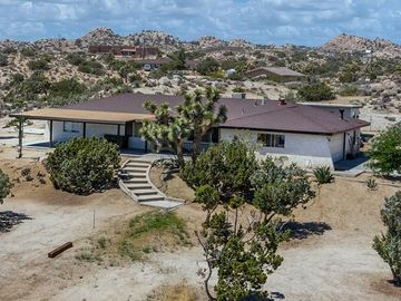 56949 Spencer Road, Yucca Valley, CA, 92284,