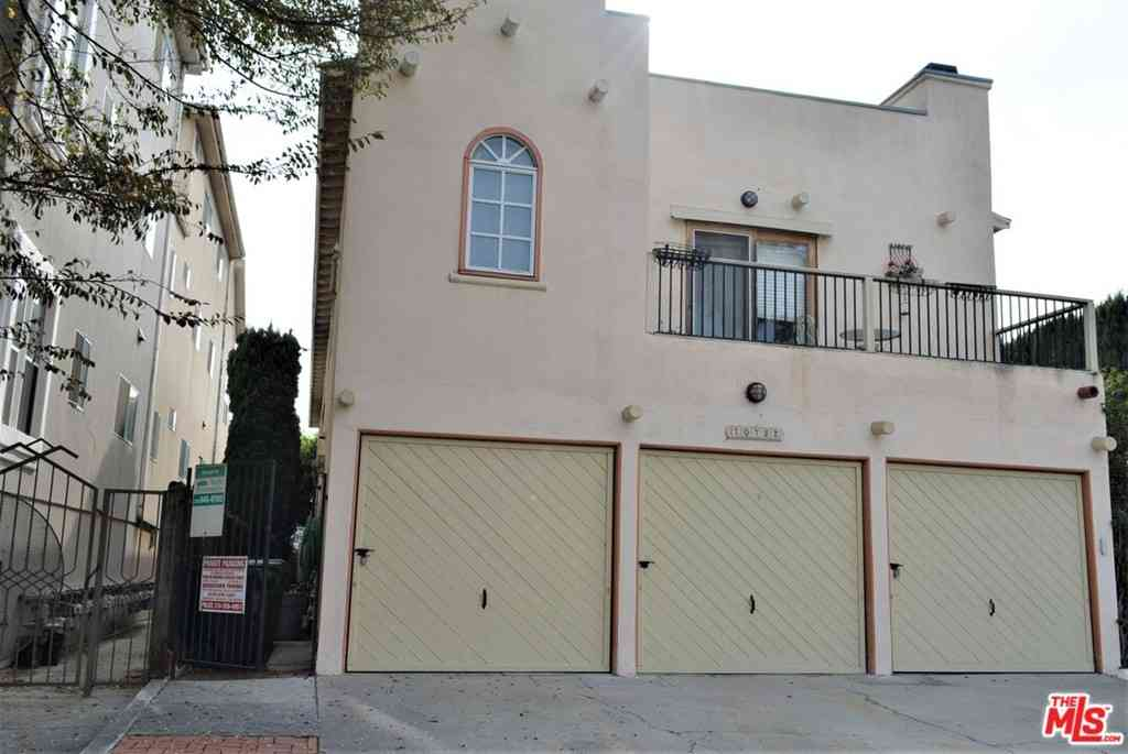 10752 Woodbine Street, Los Angeles, CA, 90034,