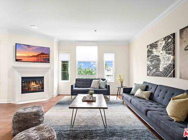 14242 Burbank Boulevard #208, Sherman Oaks, CA, 91401,