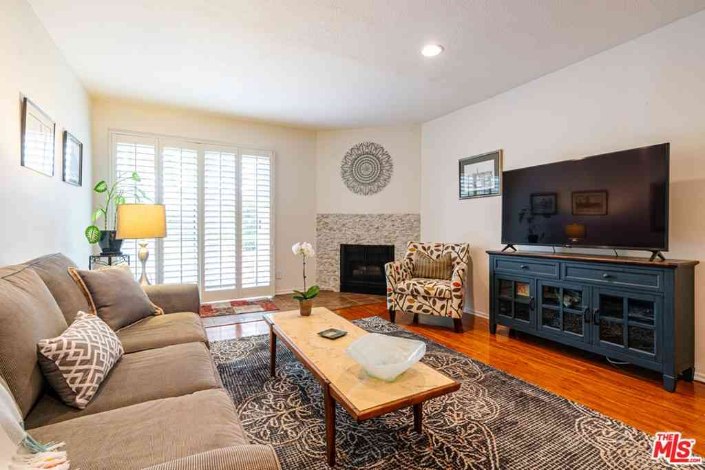 5870 Green Valley Circle #120, Culver City, CA, 90230,