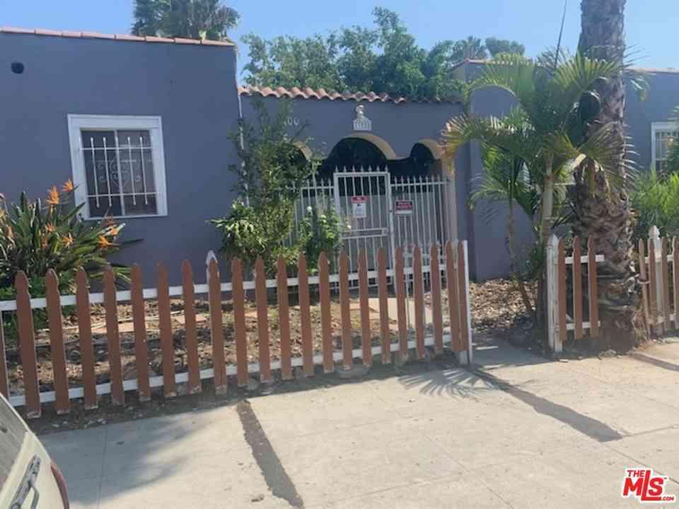 1300 N Sycamore Avenue, Los Angeles, CA, 90028,
