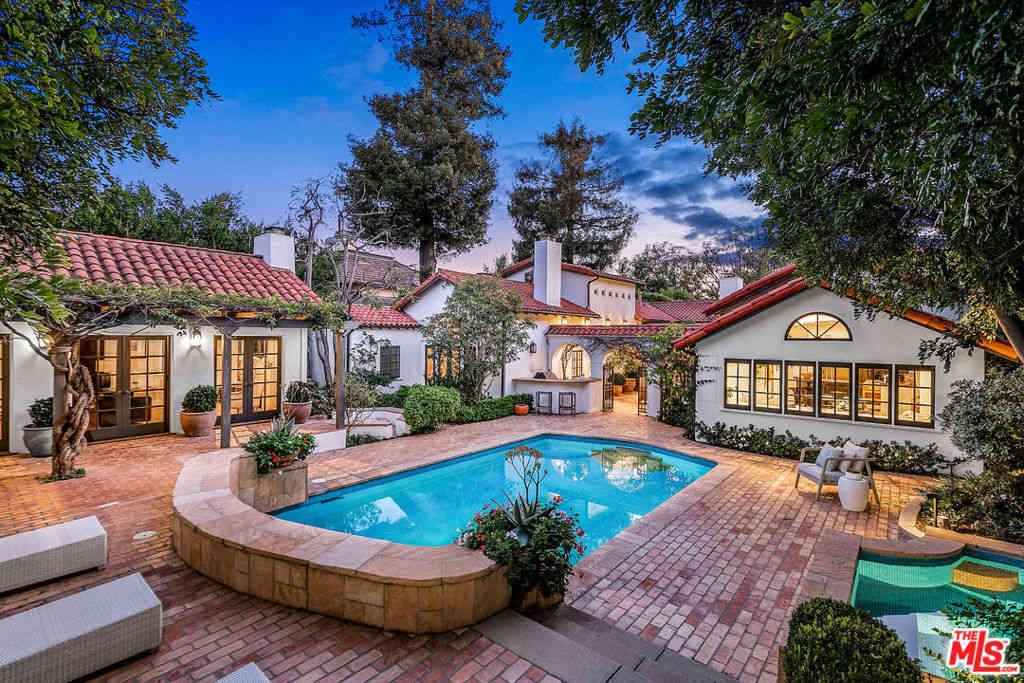 178 N Carmelina Avenue, Los Angeles, CA, 90049,