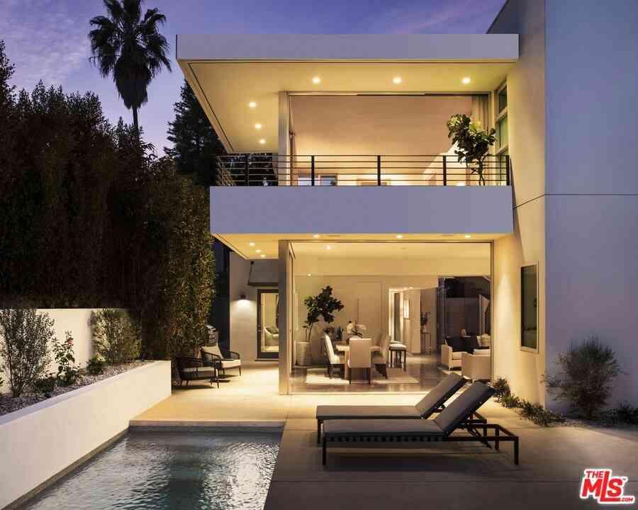 748 Palms Boulevard, Venice, CA, 90291,