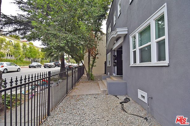 5528 FRANKLIN Avenue