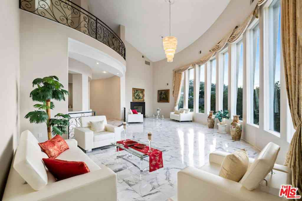 3656 Multiview Drive, Los Angeles, CA, 90068,