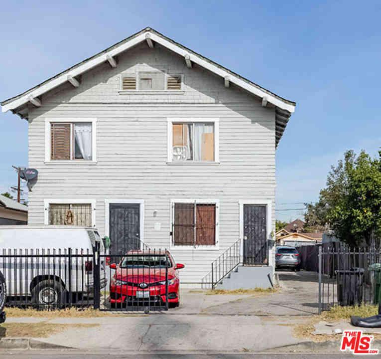 431 E 41St Place, Los Angeles, CA, 90011,