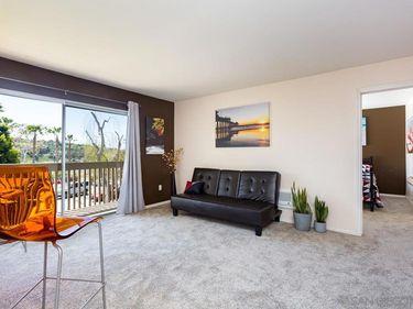 432 Edgehill Ln #28, Oceanside, CA, 92054,