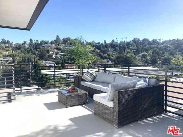 2241 Hyperion Avenue #B3, Los Angeles, CA, 90027,