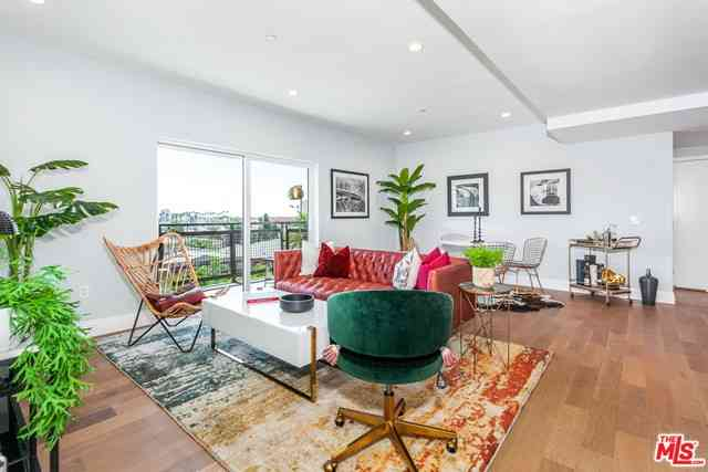 2939 Leeward Avenue #619, Los Angeles, CA, 90005,