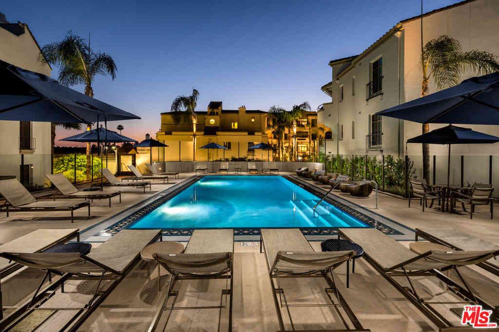 1040 E Glendon Avenue #2140, Los Angeles, CA, 90024,