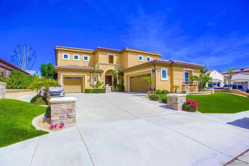 1090 Village Dr, Oceanside, CA, 92057,
