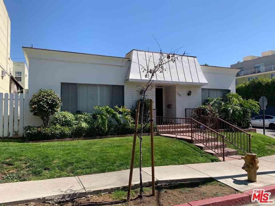 7617 Romaine Street, West Hollywood, CA, 90046,