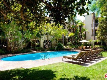 555 S Barrington Avenue #318, Los Angeles, CA, 90049,