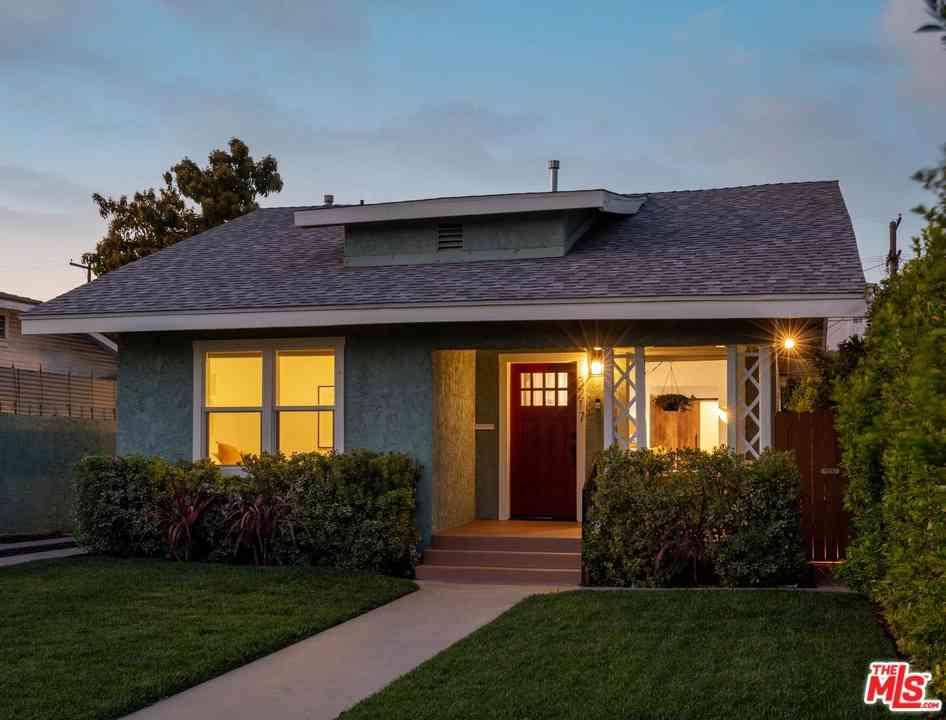 3217 Montclair Street, Los Angeles, CA, 90018,