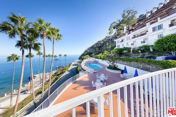 54 Playa Azul