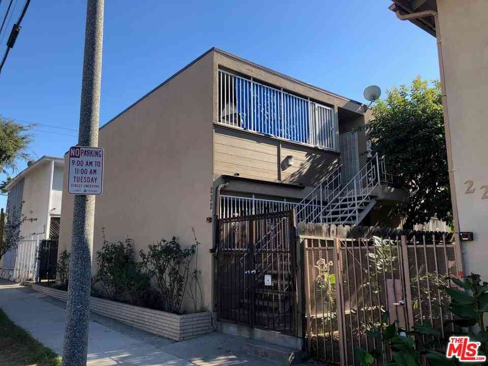 232 E 21St Street, Long Beach, CA, 90806,