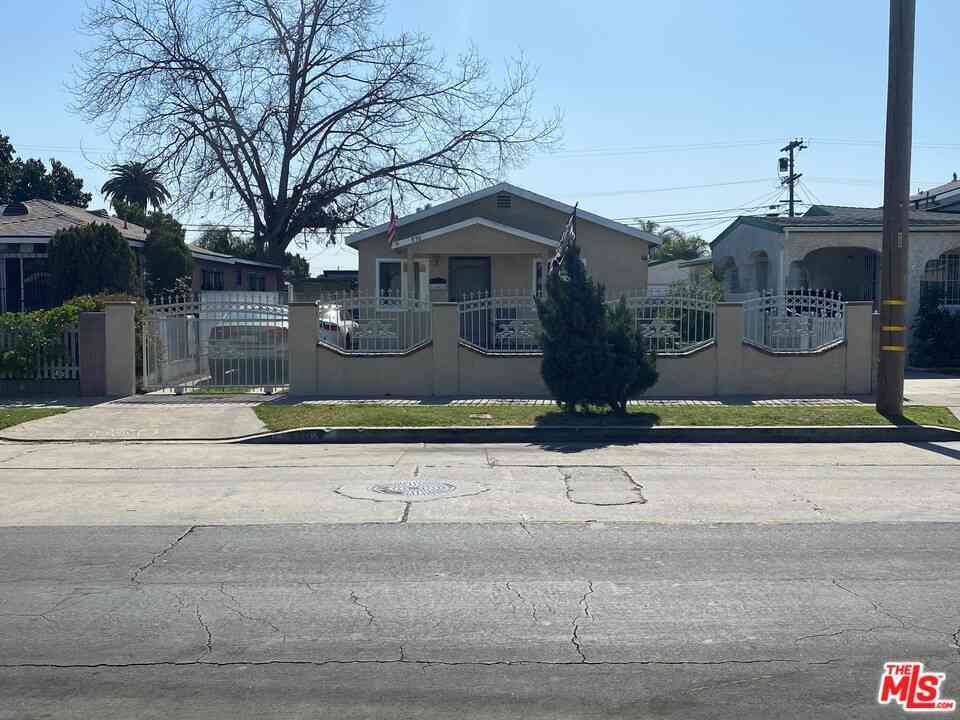 830 E 104Th Street, Los Angeles, CA, 90002,