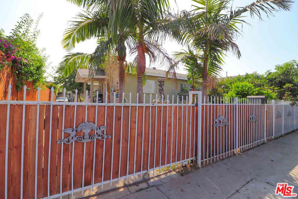 4550 W 18Th Street, Los Angeles, CA, 90019,