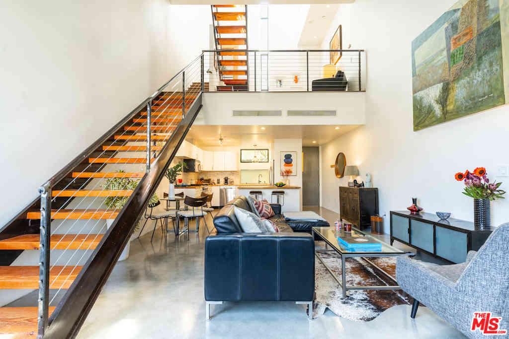 1523 N Gordon Street #7, Los Angeles, CA, 90028,