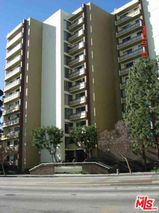 321 S San Vicente Boulevard #205, Los Angeles, CA, 90048,