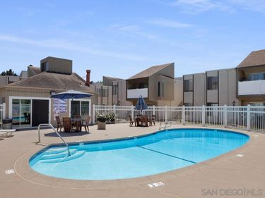 8034 Linda Vista Rd #2U, San Diego, CA, 92111,