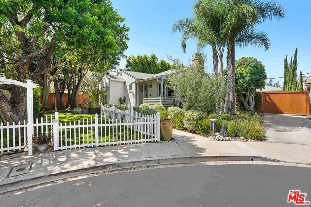 9415 Kramerwood Place, Los Angeles, CA, 90034,